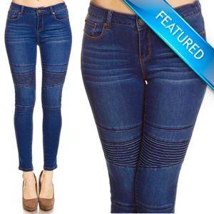 """""""Malia"""" Moto Stitched Skinny Jeans"""